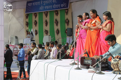 Group song by devotees from Vrindavan