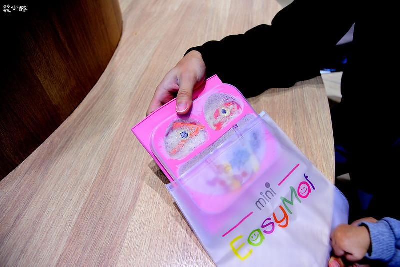 easymat餐盤防拔嬰兒餐具吸盤嬰兒餐具推薦嬰兒副食品餐具推薦EasyMat防滑矽膠餐盤 (27)