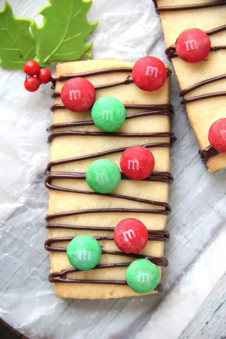 M&M Shortbread Cookies