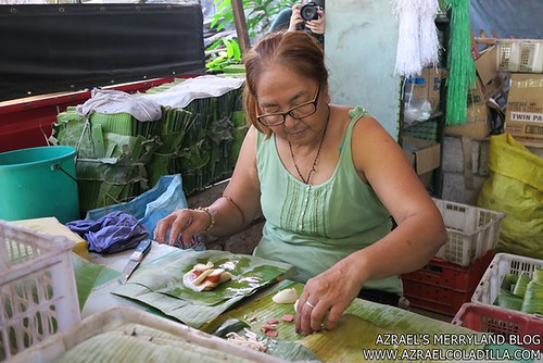 21_Philtranco Pampanga - Lady making Tamales
