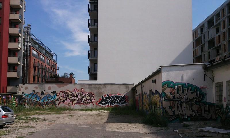 Graffiti wall, Ślusarska, May 2017