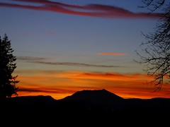 Mt St Helens Silhouette