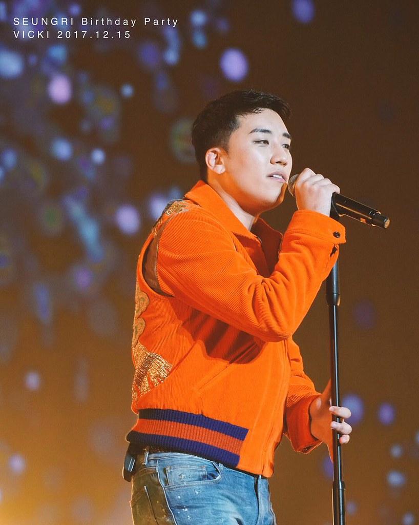 BIGBANG via pandariko - 2017-12-15 (details see below)