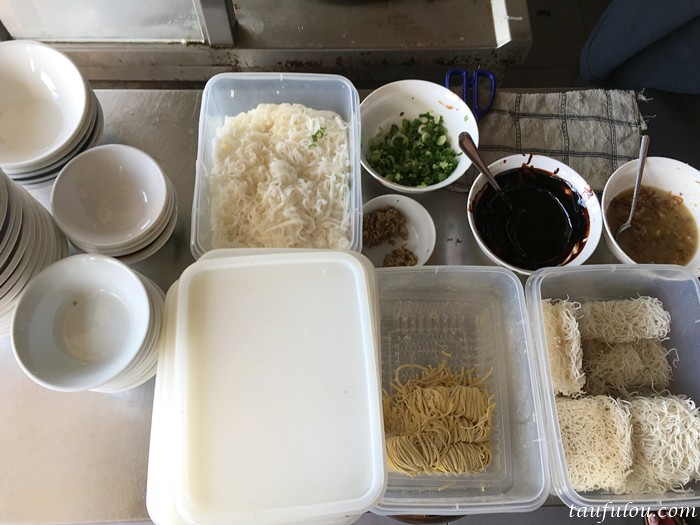 Ah Loy Pork Noodle (2)