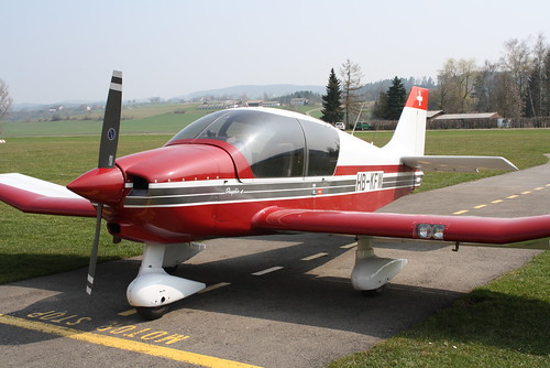 HB-KFW