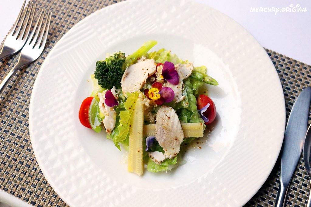 38310984605 b98f1944a1 b - 熱血採訪|新社千樺花園餐廳,森林裡的玻璃屋咖啡廳,品嚐無菜單法式料理