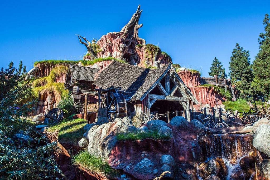 Tropicana Hotel Near Disneyland