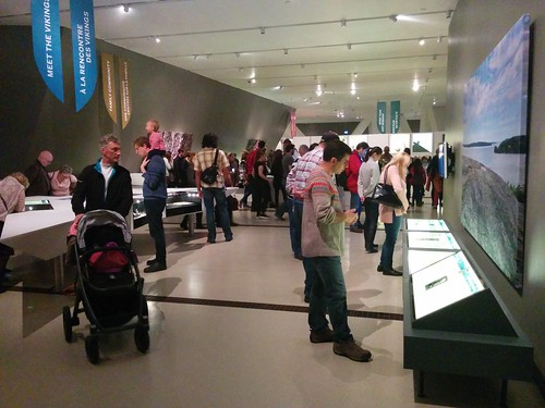 Crowd #toronto #royalontariomuseum #vikingsto #vikings #latergram