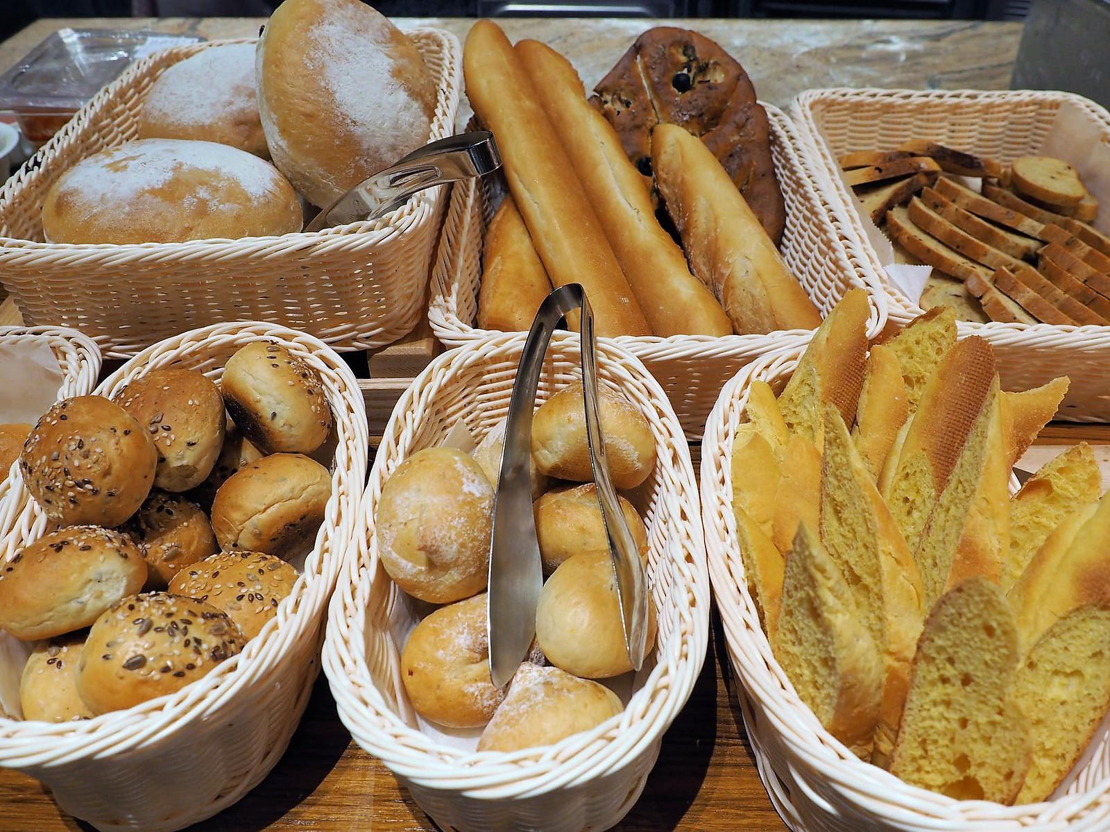 Varieties of bread