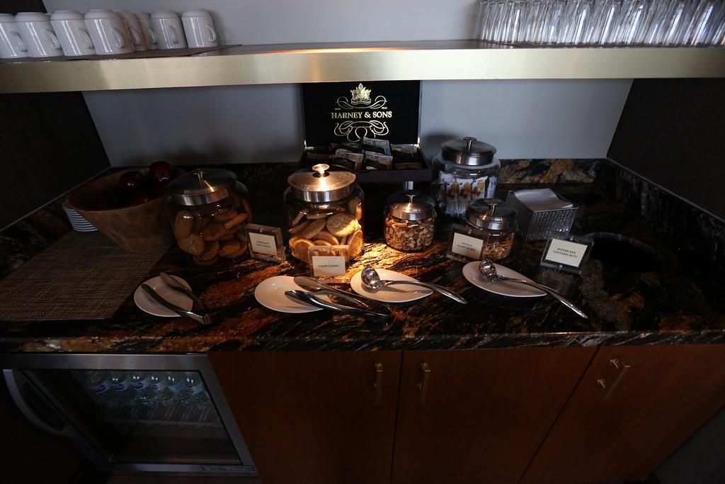 Hilton Americas Executive Lounge 13