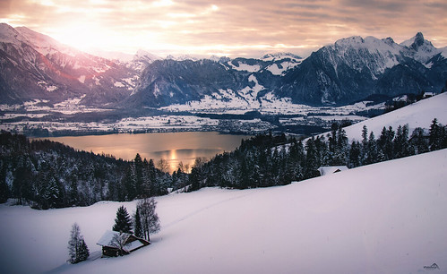 alps lakethun berneseoberland sunset sky winterscape skyscape season winter snow nature landscape lonelyplanet stockhorn forest farmhouse canon cantonberne clouds mountains atmosphere mood gold heiligenschwendi switzerland mountainside