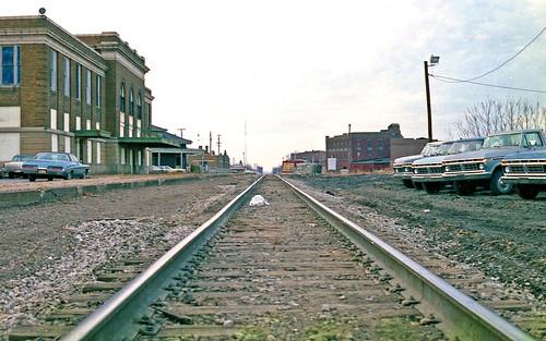 tracks railroadtracks depots depot railroaddepots railroaddepot newyorkcentral mattoonillinois conrail illinois stations trainstations railroadstations