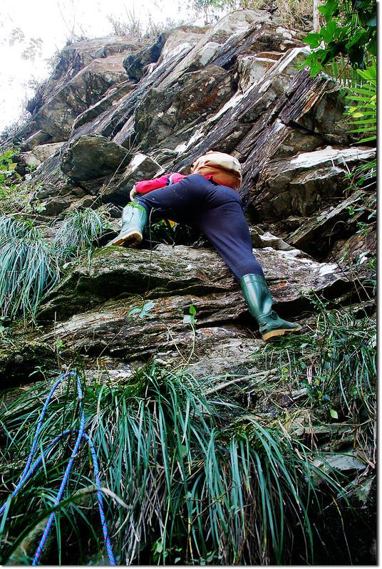 西大社山凸岩絕壁地形 8