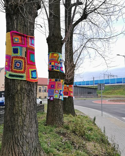 Yarnbombing, December 2017