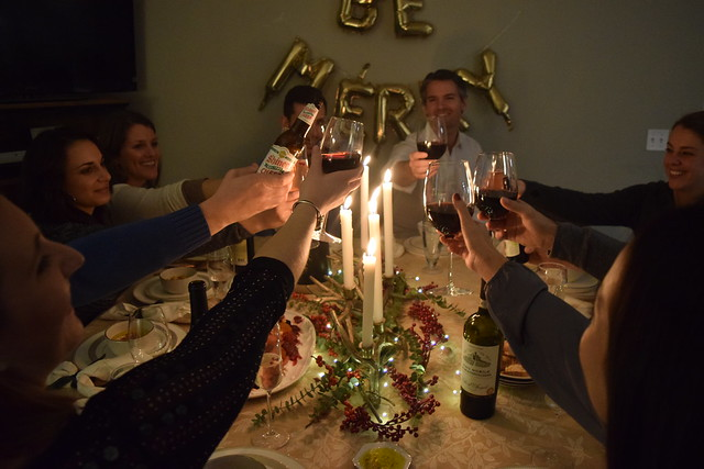 How to Host a Holiday Dinner Party