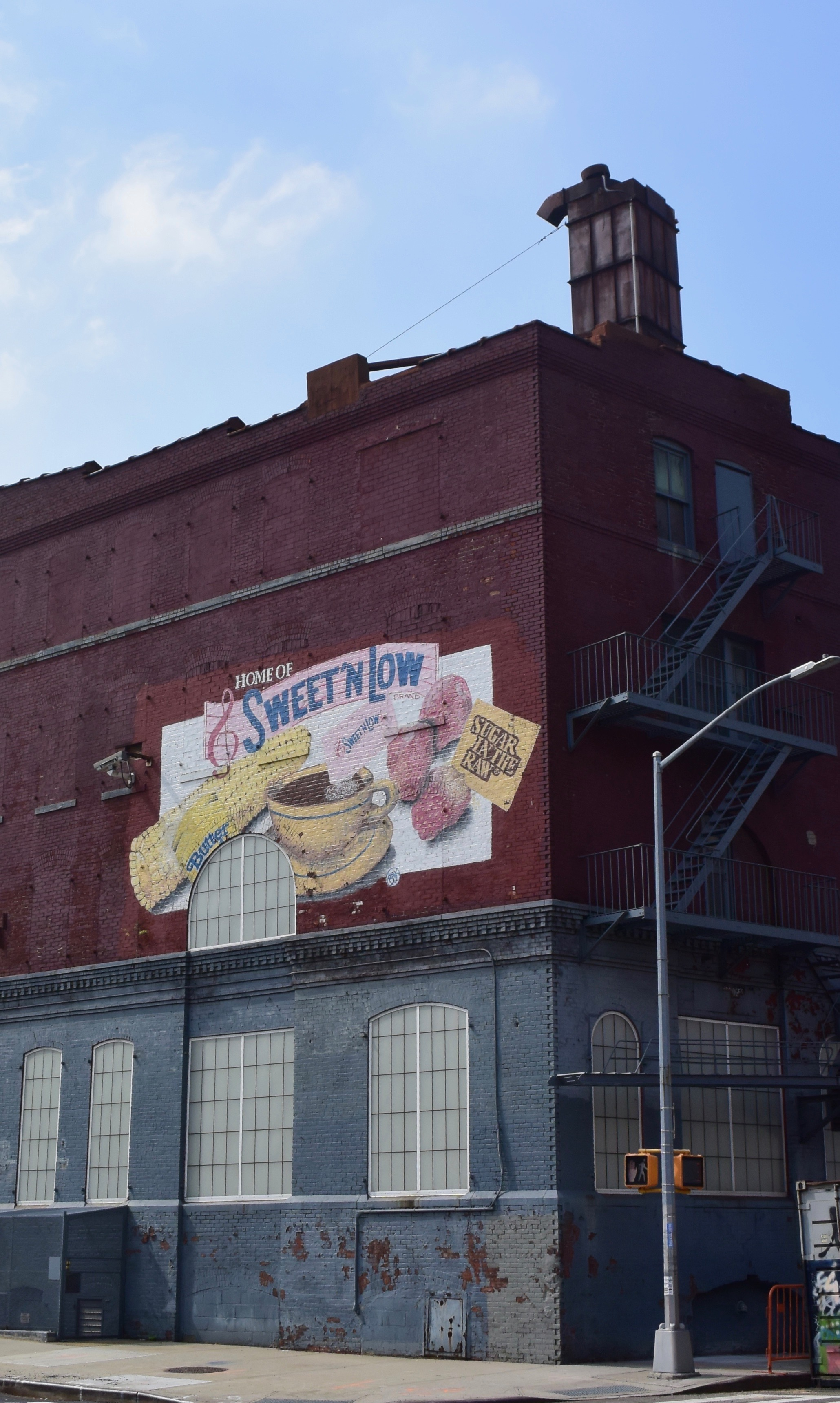 Brooklyn street art - sweet n low