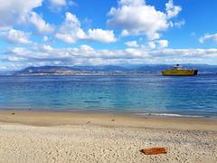 Spiaggia sullo stretto