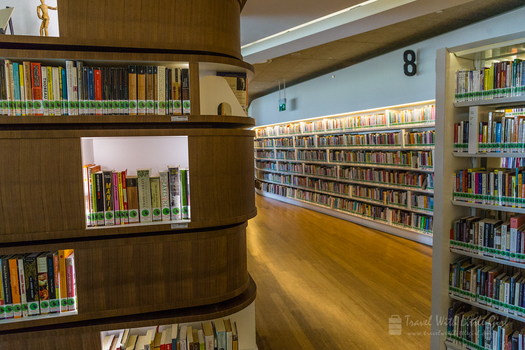Books in sections and corners in Library@Orchard