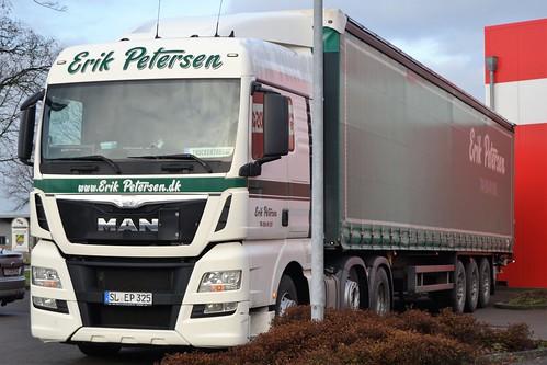 Petersen Erik  Padborg - MAN TGX 26.440 - D  SL  EP 325