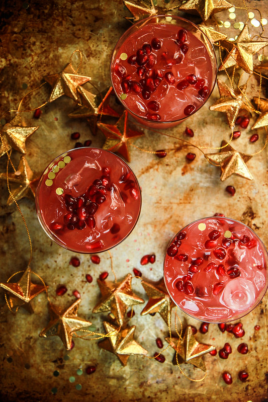 Pomegranate Ginger Paloma Punch from HeatherChristo.com