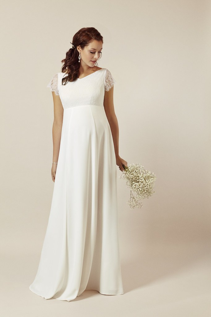 ELNGI-S1-Eleanor-Gown-Ivory