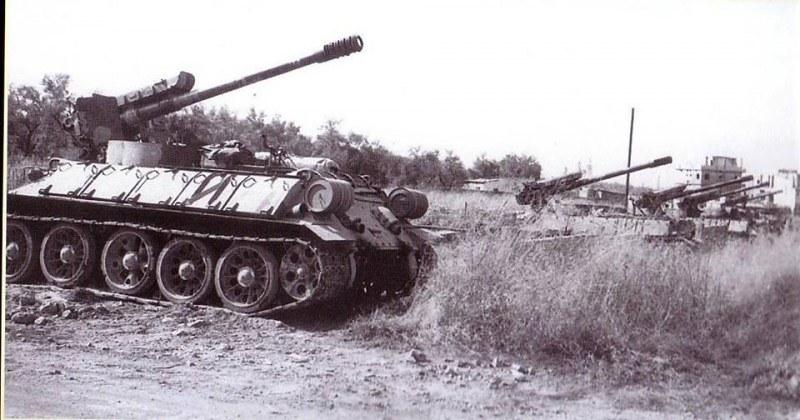 122mm-D-30-T-34-lebanon-c1982-4lj-1