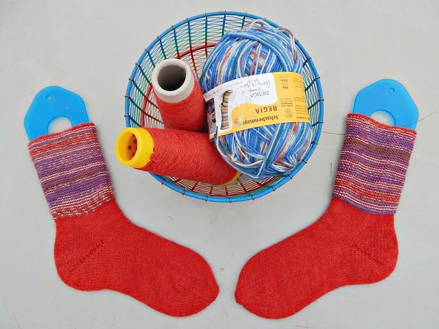 носки с пяткой углублённым бумерангом с клином | short row heel with gusset socks 7