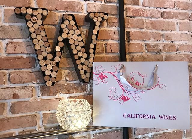 tui-giay-doi-dung-ruou-vang-california-my