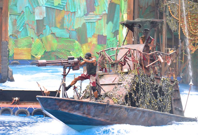 Must-Rides in Universal Studios Singapore waterworld