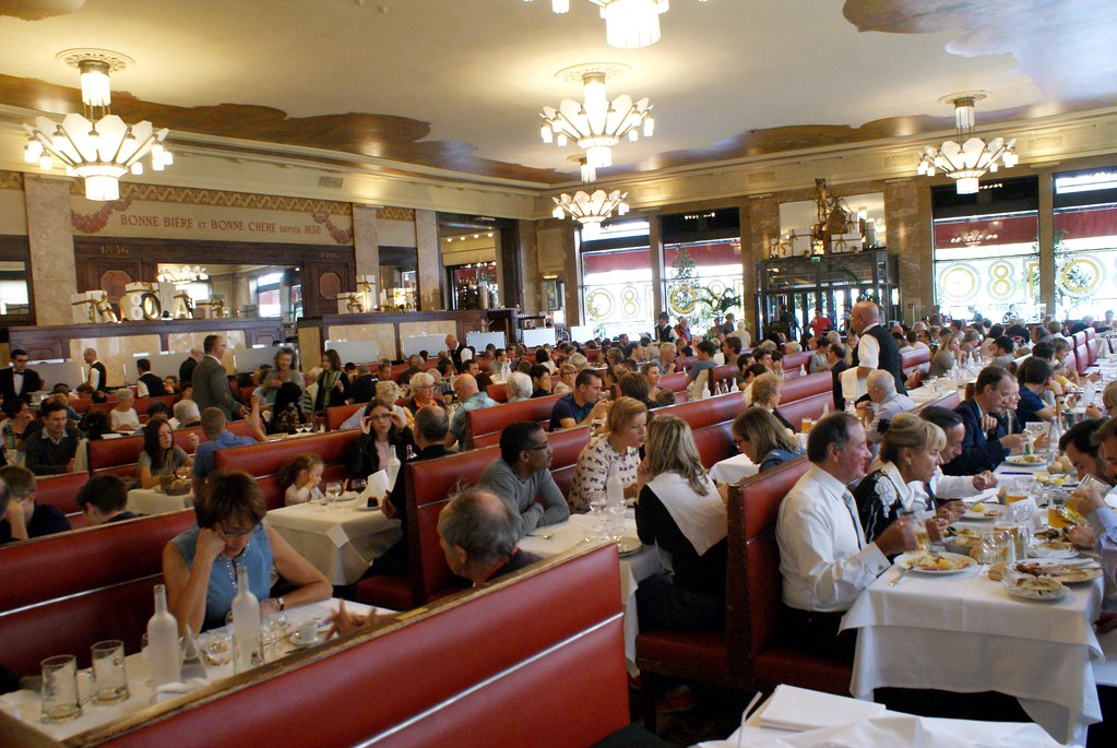 Brasserie Georges : Un des restaurants légendaires de Lyon.