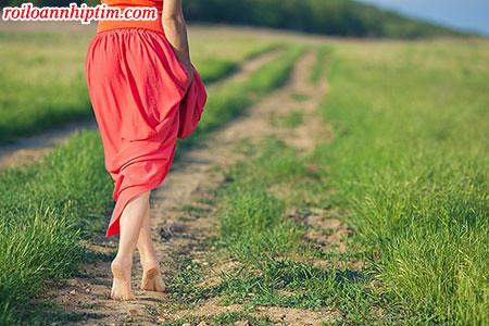 Đi chân đất cũng là cách để điều trị và phòng tránh ngoại tâm thu thất