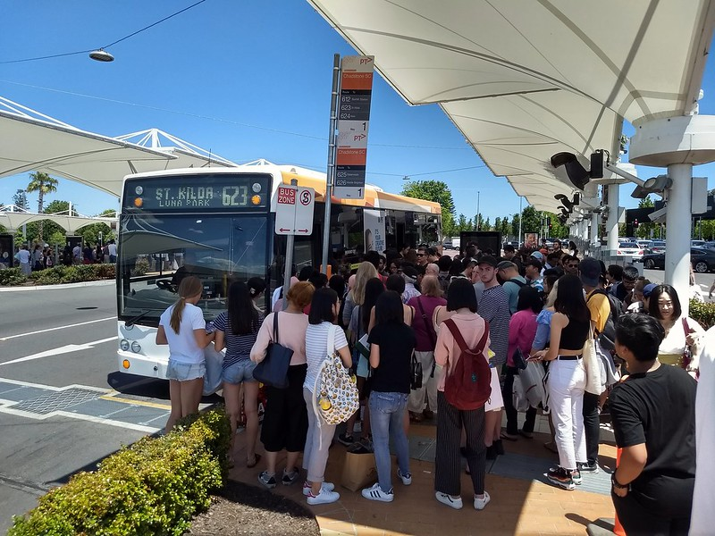 623 bus boarding at Chadstone, Boxing Day