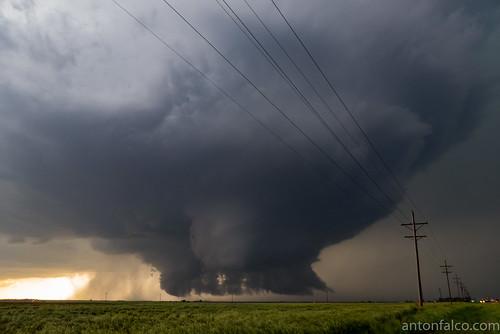 Dodge City Tornado Family