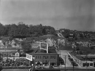 Denny Hill, 1928