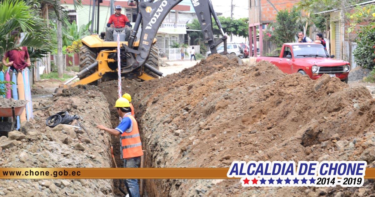 45% tienen de avance los trabajos en la calle Emilio Hidalgo