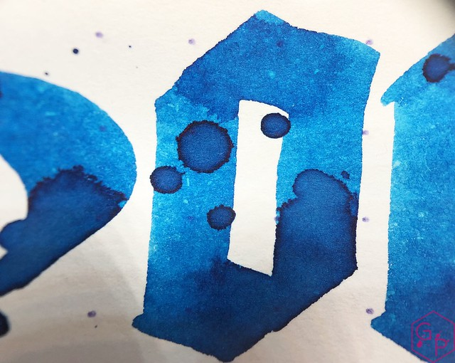 Ink Shot Review @RobertOsterInk Soda Pop Blue @PhidonPens 10