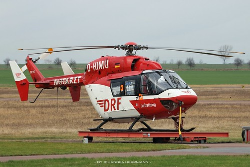 DRF Luftrettung BK117 D-HIMU @ Halle-Oppin