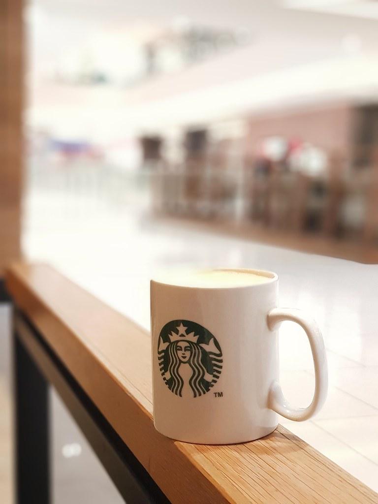 Latte Grande $13.80 @ Starbucks Damen USJ 1