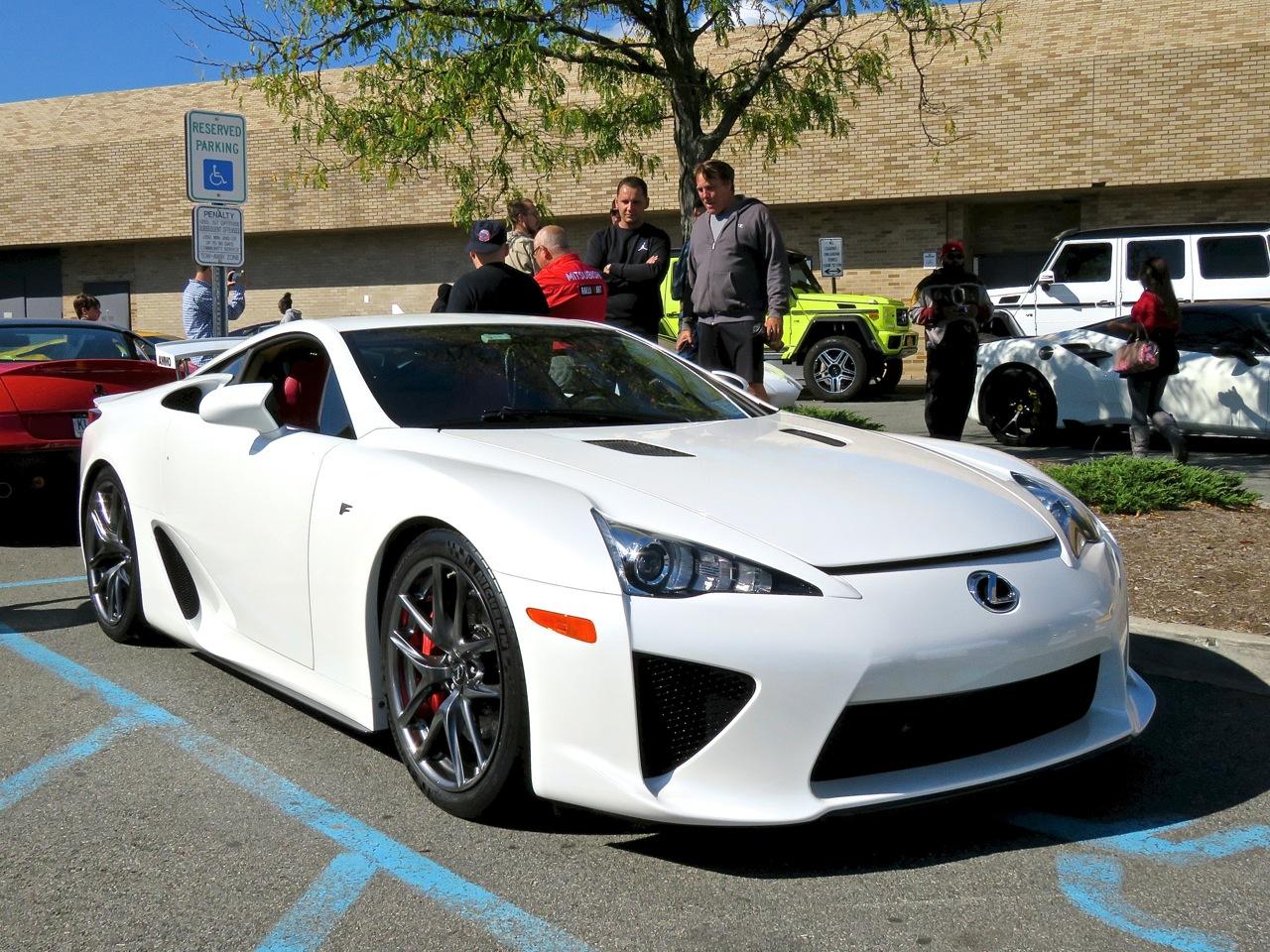 Lexus LFA Cars and Caffe