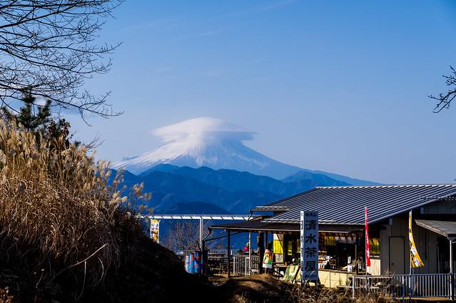 富士山・・・今日はクッキリとはならず