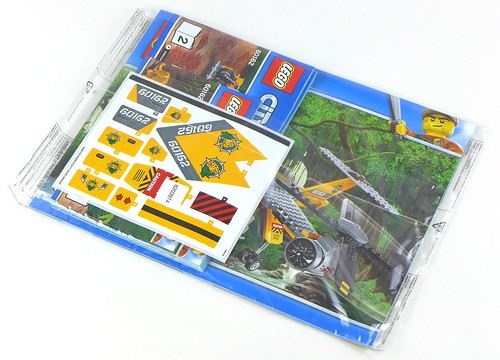 LEGO City Jungle 60162 Jungle Air Drop Helicopter 006