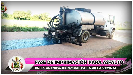 fase-de-imprimacion-para-asfalto-en-la-avenida-principal-de-la-villa-vecinal