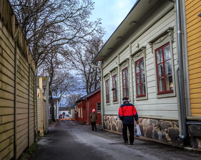 Tammisaari kapeat kadut vanha kaupunki puutaloalue