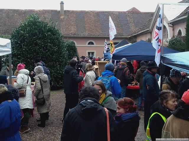 Marché de Noël militant 2017 20171217_142258