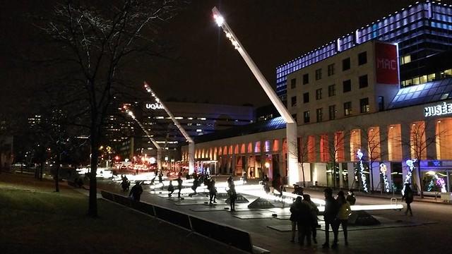 ** L'Esplanade de la Place-des-Arts **