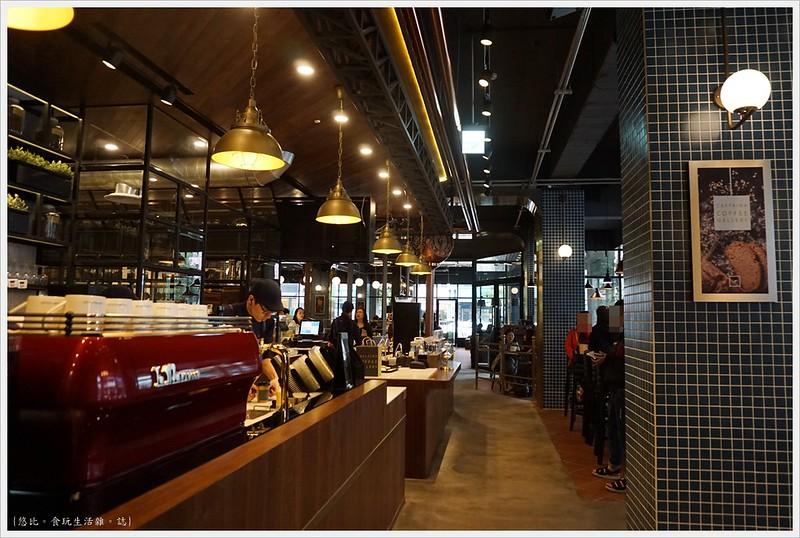 卡啡那CAFFAINA 大墩店-19-1-飲料製作區