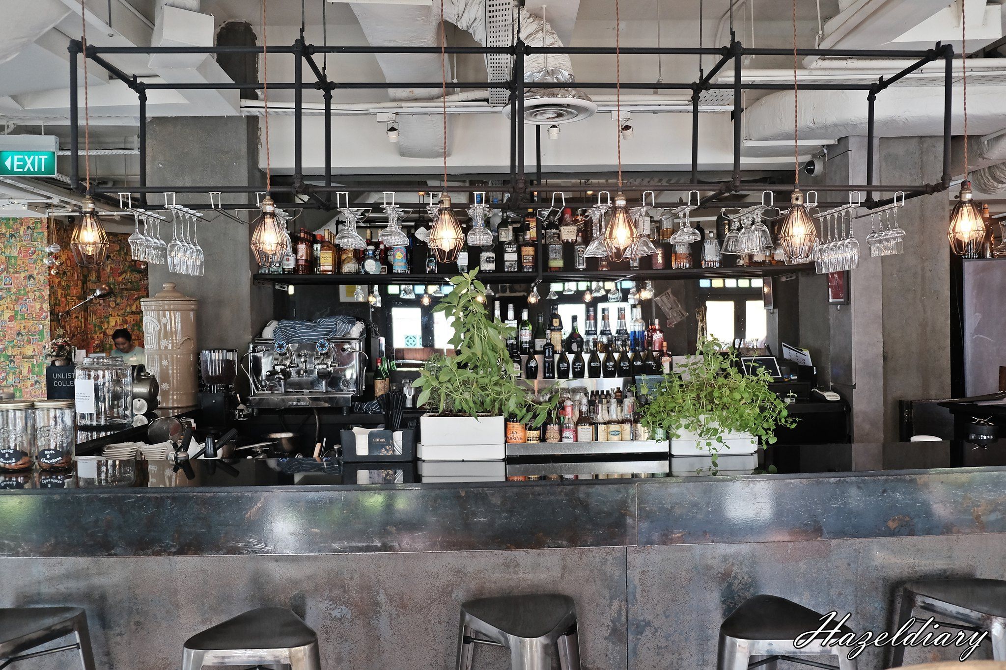 Audace Restaurant and bar-Unlisted Collection