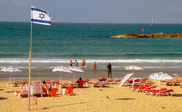 Dezember in Tel Aviv, Nikon COOLPIX P80