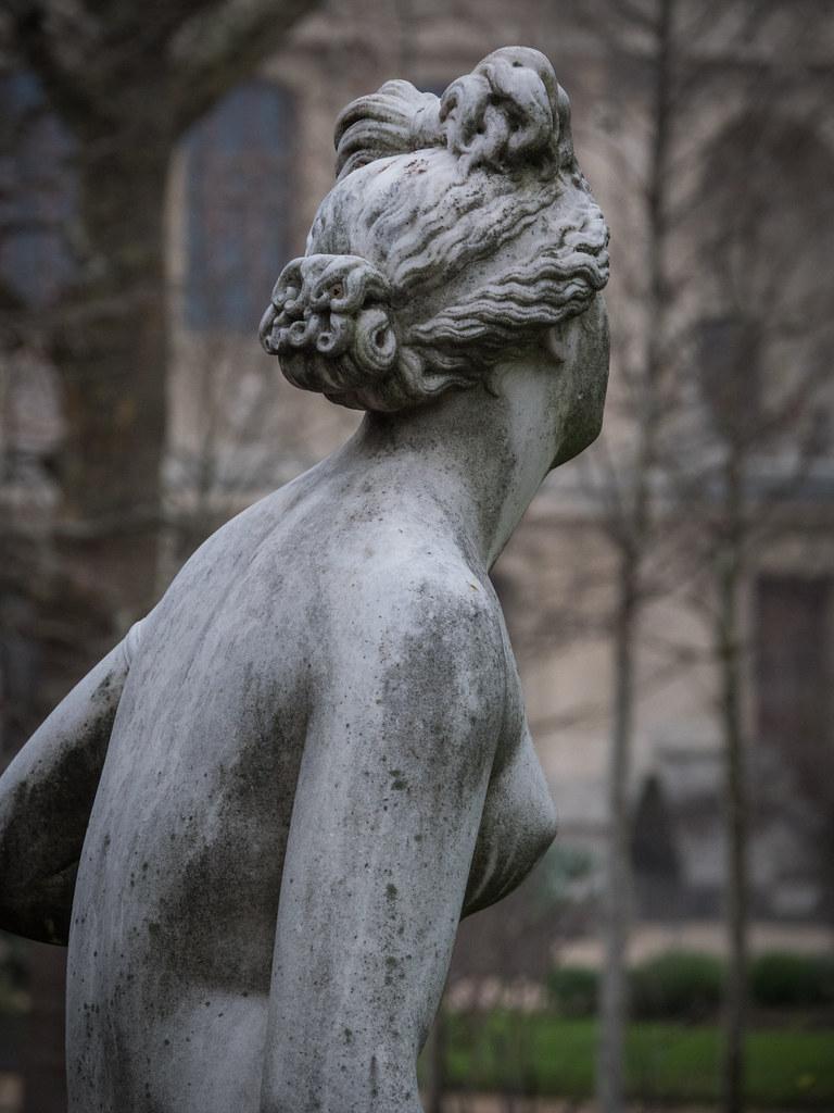 Statues du Jardin des Plantes 27460262609_53f2e95d99_b