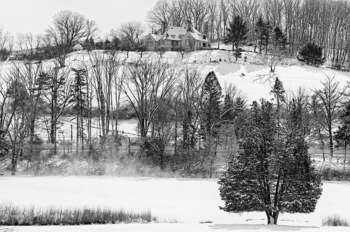 winter wintry d90 sigma1770os ononesoftware on1photoraw2018 topazdetail silverefex landscape snowscape snow trees hill house pond
